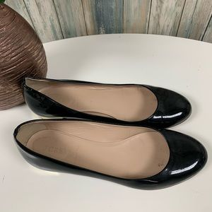 J.CREW Patent Leather Flats size 8.5 Gold Heel #17